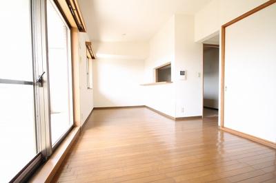 【居間・リビング】赤松台パークハウス参番館 302号室