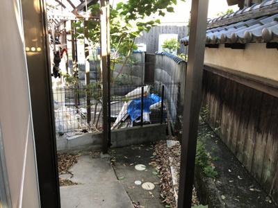 【バルコニー】吉田ハイツ (株)Roots