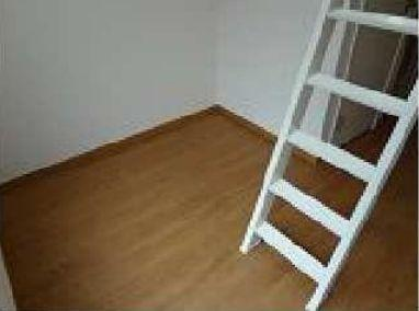 ロフトへとつながっている階段