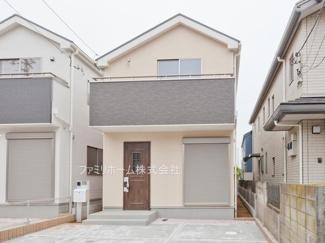 千葉市花見川区長作町 新築一戸建て 外観施工例です。