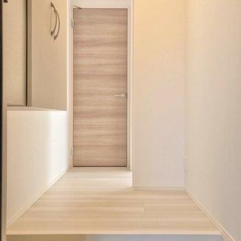 【玄関】D-room Hakata East
