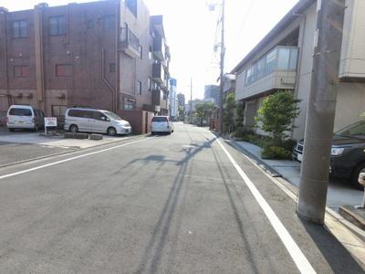 前面道路です。