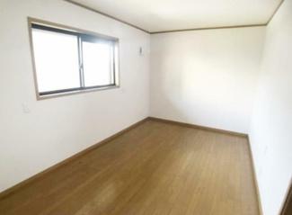 岐阜市福光東 中古住宅 築17年 2階にも洗面・シャワールーム・トイレあります。