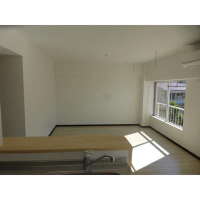 【居間・リビング】平和第2マンション