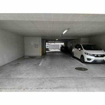 【駐車場】ル・シャンパーニュ