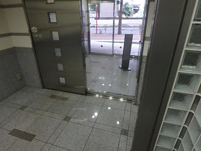 【エントランス】日神デュオステージ笹塚西館