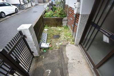 【駐車場】津之江町1丁目貸家 (株)Roots