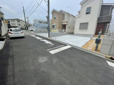 【前面道路含む現地写真】三木市志染町中自由が丘5期