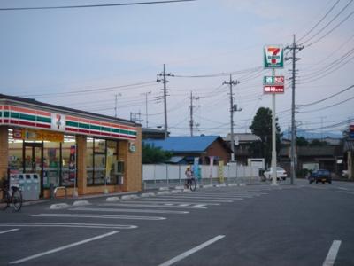 セブンイレブン太田市鳥山上町店まで530m