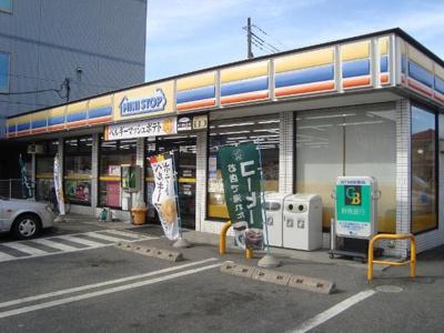 ミニストップ群馬太田新井町店まで529m