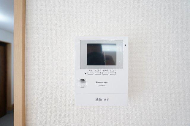 【同仕様施工例】TVインターホン 防犯面も安心です。