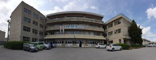 松戸市立六実中学校