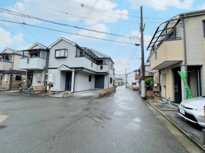 【前面道路含む現地写真】山本町 一戸建