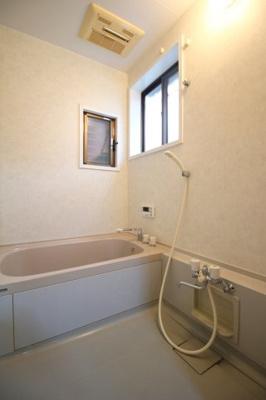 【浴室】紫野上野町貸家