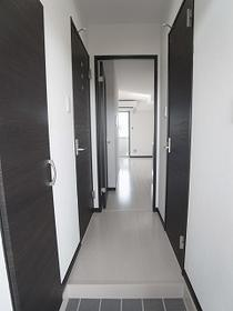 アイリー千葉の廊下 別室参照