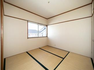 2階4.5帖和室