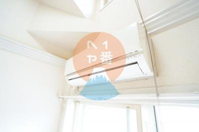 TVモニター付きインターホンで一人暮らしでも安心ですね。