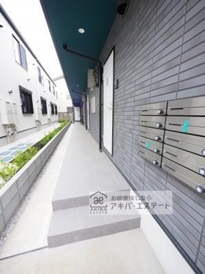 【ロビー】MRK明大前(エムアールケー メイダイマエ)