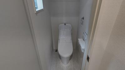 【トイレ】南区戸部町第3期 1号棟〈仲介手数料無料〉大磯小学校・新郊中学校 新築一戸建て