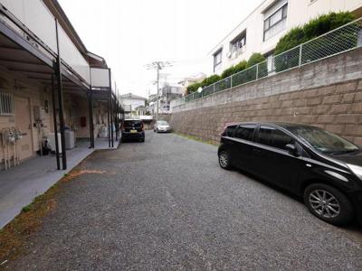 【駐車場】ヒルズ・フジサワA