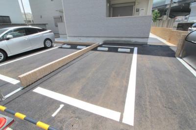 【駐車場】クレール・アゾンⅢ