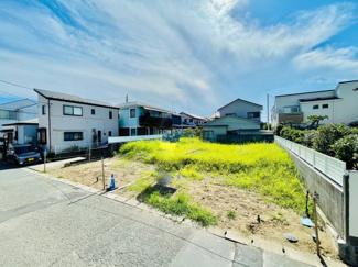 【前面道路含む現地写真】売地 松浪2丁目 約40坪の整形地