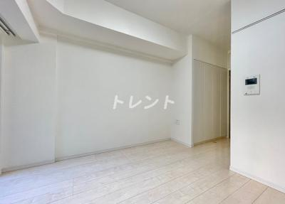 【寝室】アクサス西新宿アジールコート