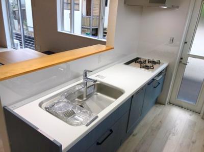深型の食洗器(5~6人家族用)が標準なのは嬉しいですね♪