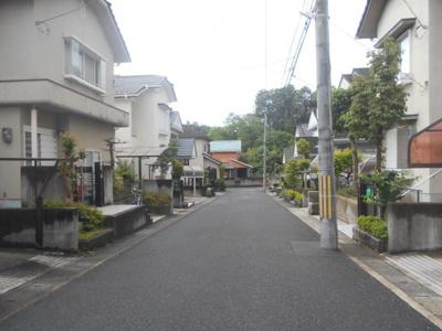第一低層住居専用地域の閑静な住宅街