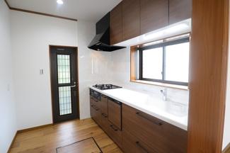 船橋市西習志野 中古一戸建て 北習志野駅 食洗器付きキッチンです!