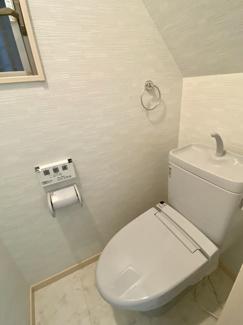1階トイレウォシュレット新調済です。