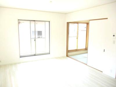 【居間・リビング】神戸市西区森友5丁目中古戸建