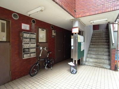 【エントランス】ユースフル学芸大