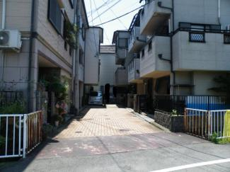 【前面道路含む現地写真】尼崎市食満 中古戸建