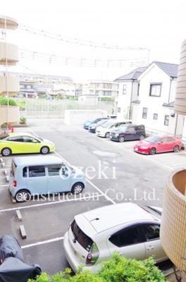 【駐車場】PUREGOLD
