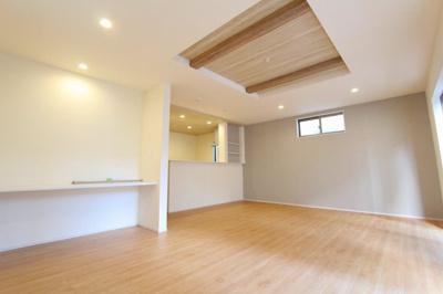ゆったりとしたリビングです:建物完成しました♪♪毎週末オープンハウス開催♪三郷新築ナビで検索♪