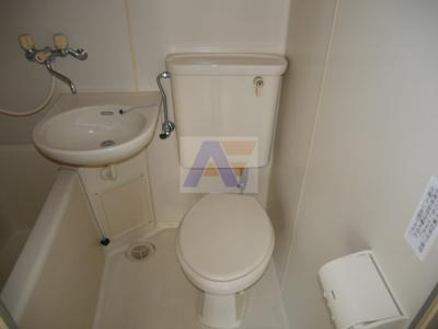 【トイレ】ベリーノあきやま