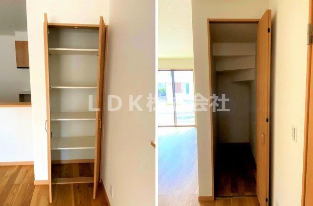 リビングにある物入はパントリーとして、階段下物入は奥行もあるので大きな荷物も整理整頓できます。