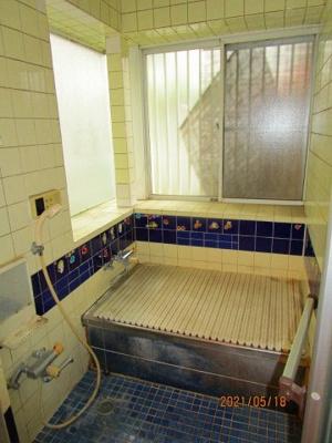 【浴室】鴻巣市箕田 中古一戸建て