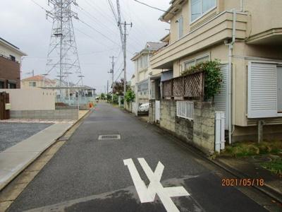 【前面道路含む現地写真】鴻巣市箕田 中古一戸建て