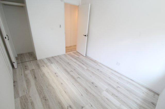 1階 洋室1(5.62帖)