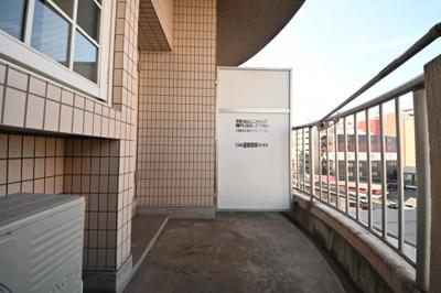 【バルコニー】オリエンタル江南町