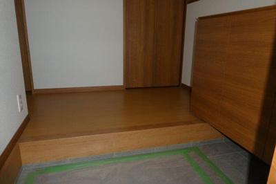 【玄関】カーサ・ミモザ