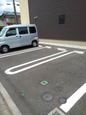 【駐車場】フォンターナ・ルーチェ