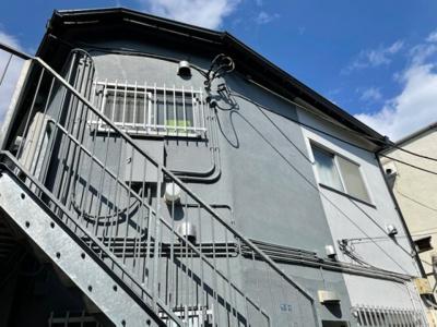 KAZU新宿の外観☆
