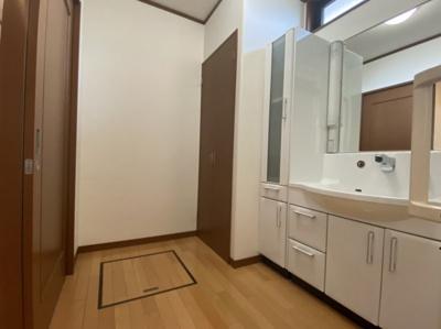 【洗面所】大村市富の原1丁目 平屋建て 中古戸建住宅