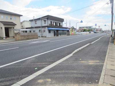 【前面道路含む現地写真】姫路市新町1丁目新築戸建