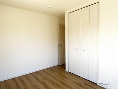 洋室6.5帖。お子さんのお部屋にいかがでしょうか