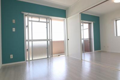※別室参考写真 リフォーム後は、オール洋間。壁紙・キッチンも替わります♪