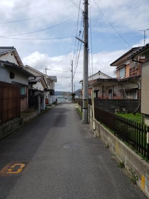 【前面道路含む現地写真】鳥取市湖山町南5丁目中古戸建